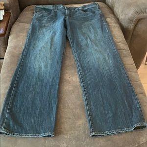 Men's 38 x 32 jeans